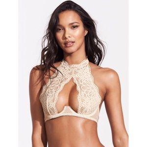 ✨FINAL SALE✨{VS} high-neck lace bra 32DD